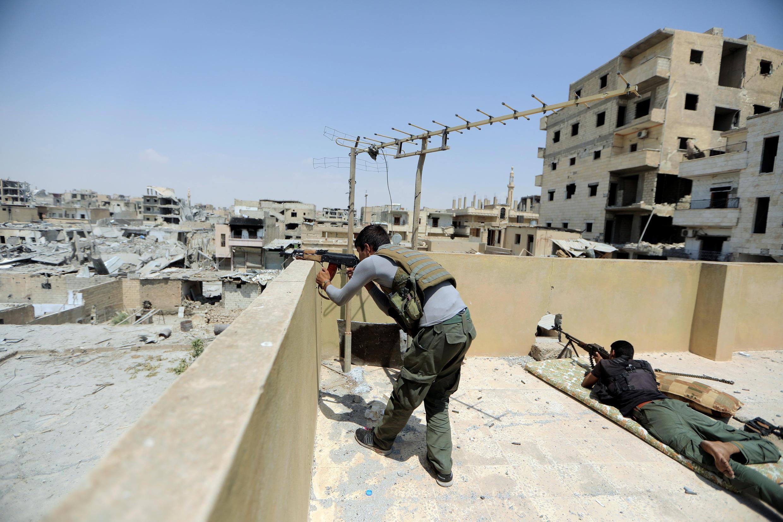 Mapigano yanaendelea kurindima katika mji wa Raqqa, Syria.