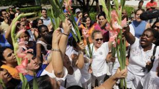 """""""Các phụ nữ áo trắng"""" biểu tình bất bạo động tại La Havana (REUTERS)"""