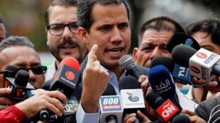Juan Guaidó durante uma coletiva de imprensa em 20 de fevereiro