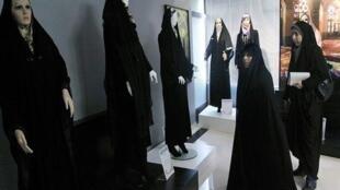 نمایشگاه مد اسلامی در یکی از شهرهای ایران
