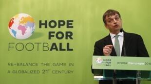 Jérôme Champagne, candidato à presidência da Fifa em 2015.