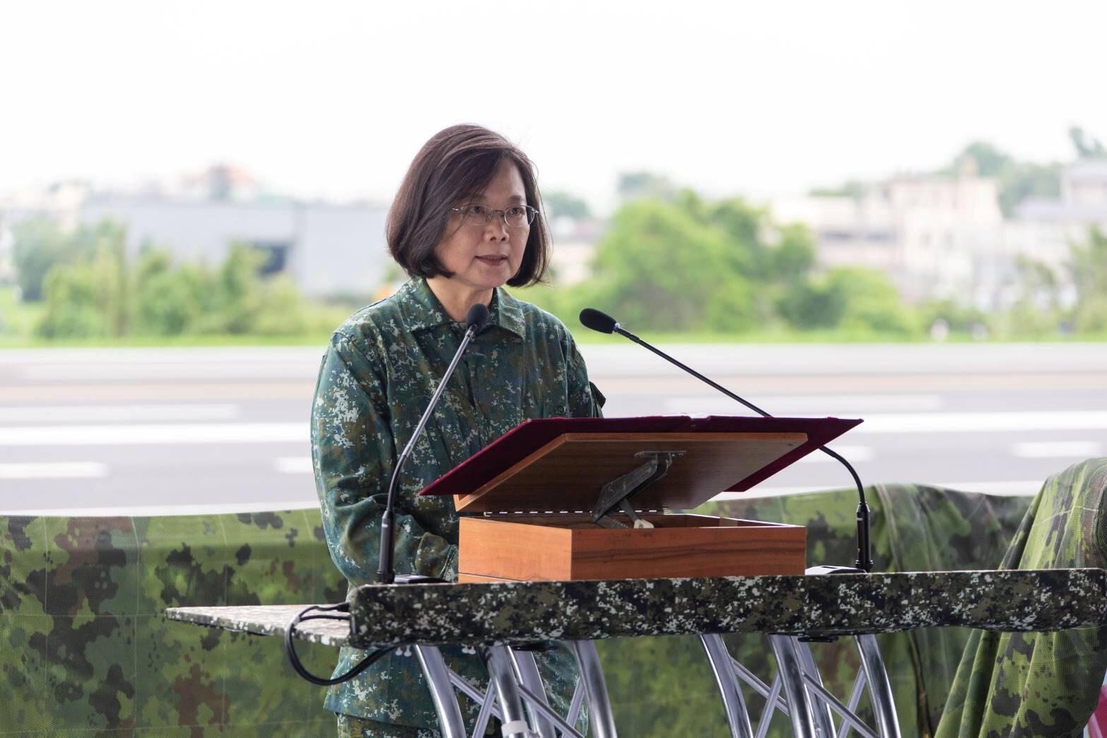 Tổng thống Thái Anh Văn phát biểu tại một cuộc tập trận ở Chương Hóa ngày 28/05/2019  tại Đài Loan, mô phỏng một cuộc xâm lăng của Trung Quốc.
