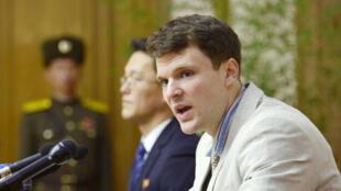 Otto Warmbier, ici lors d'une conférence de presse à Pyongyang en février 2016, avait été détenu un an et demi en Corée du Nord.