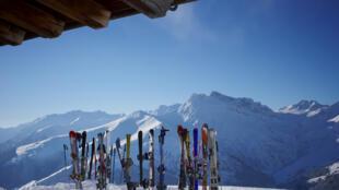 Francia cuenta con muchas estaciones de esquí en los Alpes y en los Pirineos.