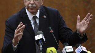 Первая пресс-конференция нового премьера Ливии Абделя Рахима аль-Киба 31 октября 2011 г