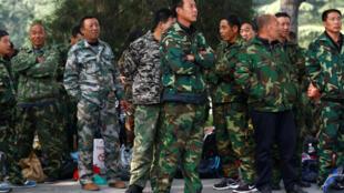 Cựu chiến binh Trung Quốc biểu tình trước cửa trụ sở bộ Quốc Phòng, Bắc Kinh, 11/10/2016