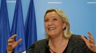 Marine Le Pen (FN) après les résultats du premier tour des municipales, le 23 mars 2014.