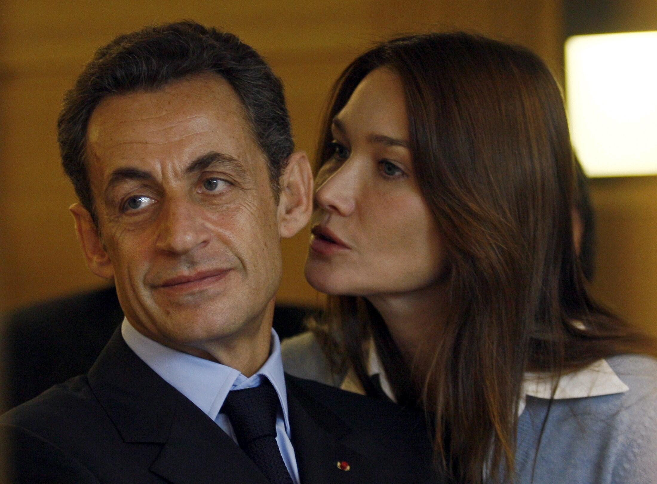 Николя Саркози и Карла Бруни 2 нобяря 2009 (архив)