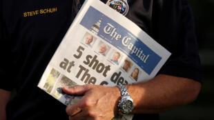 5 pessoas abatidas a tiro no Capital, título do Capital Gazette de Maryland, após ataque de homem armado