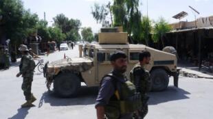 Des soldats afghans sécurisent la ville de Farah contre les talibans, en mai 2018.