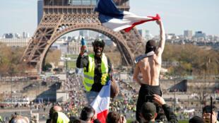"""法國""""黃背心""""抗議運動第20周巴黎示威資料圖片"""