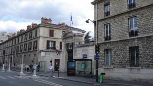 L'hôpital Armand-Trousseau de Paris a travaillé en collaboration avec l'équipe du service de médecine de neurochirurgie de l'hôpital Necker-Enfants malades ici à l'image.