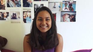 Mégane, 17 ans, a été élevée seule par son papa.