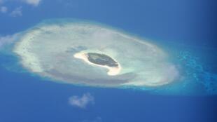 Một bãi đá trong khu vực có tranh chấp chủ quyền ở vùng quần đảo Trường Sa, Biển Đông. Không ảnh chụp ngày 21/04/2017.