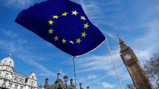 Os britânicos querem saber quem vai negociar o Brexit em nome do Reino Unido.
