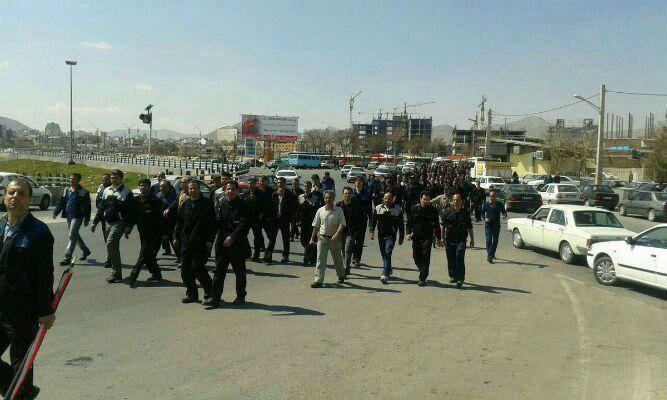 کارگران اعتصابی کارخانۀ هپکو در اراک