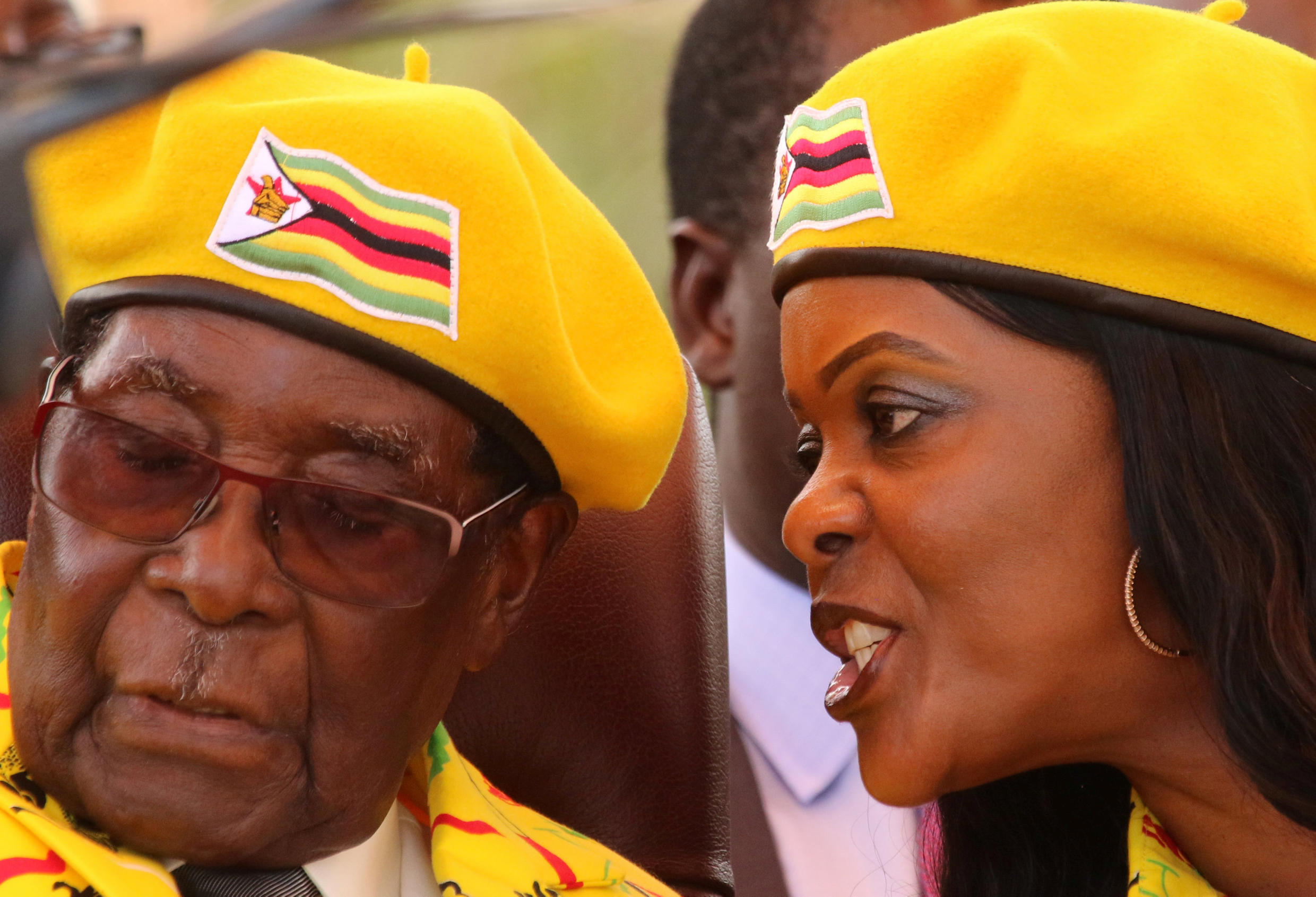Robert Mugabe with his wife Grace Mugabe at a rally of the ruling Zanu-PF before he was toppled