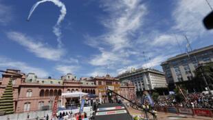 Buenos Aires s'apprête à vivre le départ du Dakar, le 3 janvier 2014.