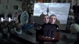 "Cena do videoclipe de ""Where are we now"", de David Bowie"