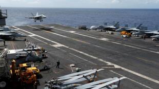 Hàng không mẫu hạm USS Ronald Reagan, lúc còn ở Biển Đông ngày 30/09/2017.