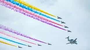 Thao dượt không quân Trung Quốc chuẩn bị lễ kỷ niệm 70 năm phát xít Nhật đầu hàng quân Đồng minh 03/09/1945.