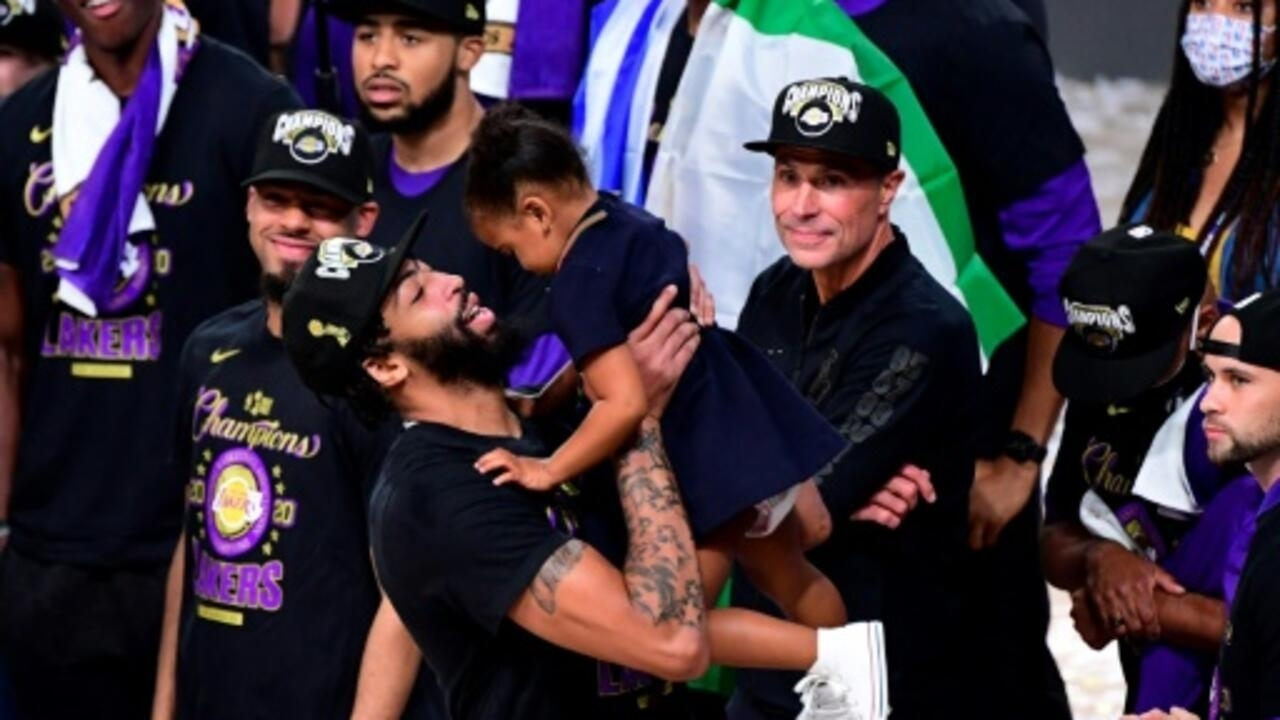 Lakers' Davis relishes first NBA title after turmoil ...