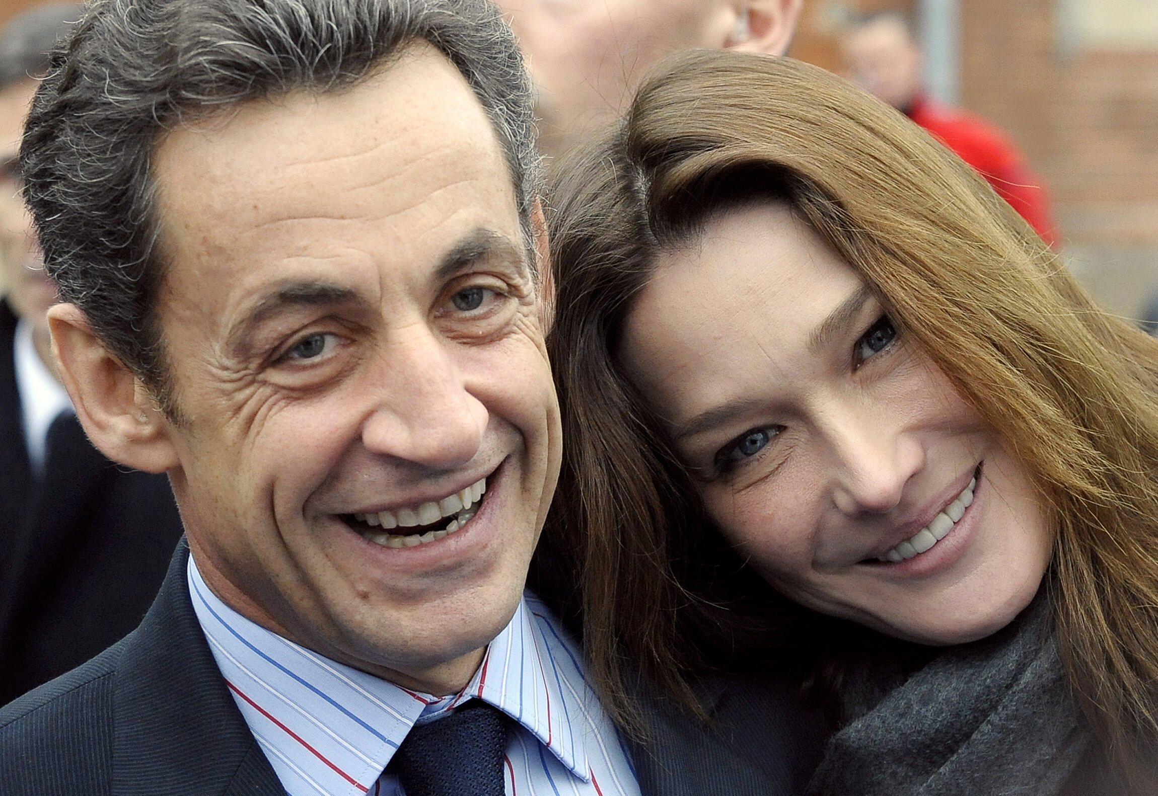El ex presidente francés Nicolas Sarkozy y su esposa Carla Bruni-Sarkozy.