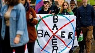 Manifestation contre Bayer-Monsanto à Bonn, en Allemagne, le 26 avril 2019.