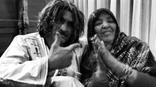Lalla Badi et Ibrahim Ag Alhabib de Tinariwen.
