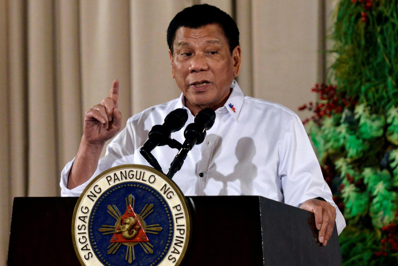 Os métodos do presidente filipino Rodrigo Duterte são alvo de críticas frequentes.