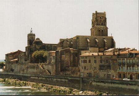 The town of Pont-Saint-Esprit.