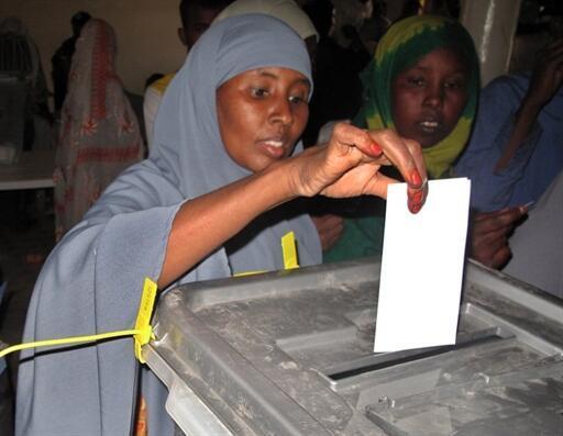 Une femme vote à Hargeisa, capitale du Somaliland le 26 juin 2010 (Photo d'illustration)