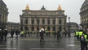 """Poca participación de """"chalecos amarillos"""" en París. 15 de diciembre de 2018."""
