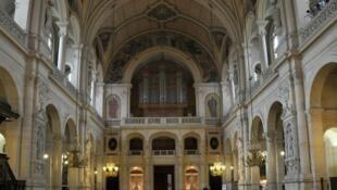 El gran órgano de la Iglesia de la Santa Trinidad de París.