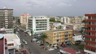 Vue du centre de Libreville (Gabon).