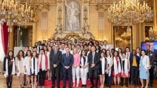 Lors de la soirée de la promotion 2019 des boursiers Excellence-Major, au Quai d'Orsay.