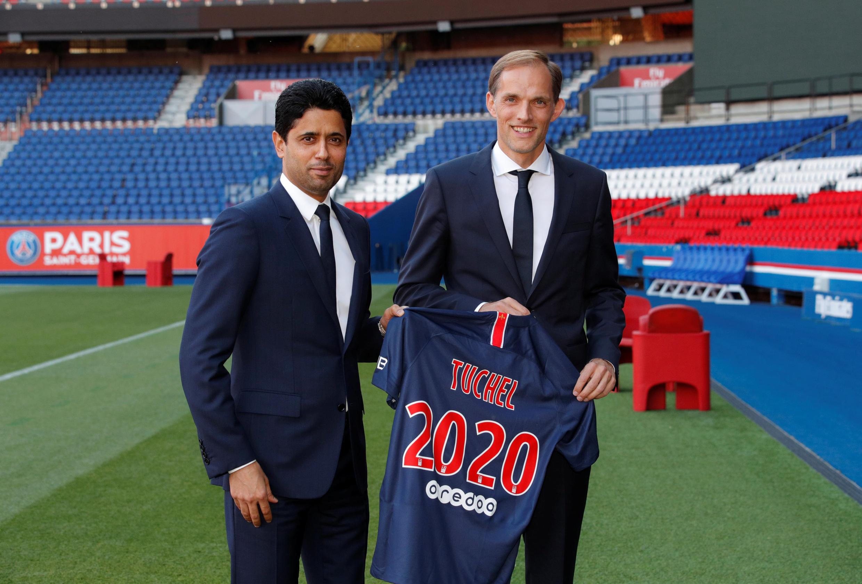 Presentación del nuevo técnico del Paris Saint Germain, Thomas Tuchel, en compañía del presidente del club Nasser Al-Khelaïfi.