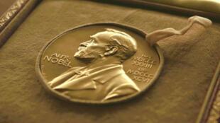La medalla del Premio Nobel de Literatura.