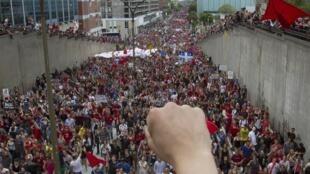 Après une très forte mobilisation des étudiants québécois, certains choisissent de reprendre les cours.