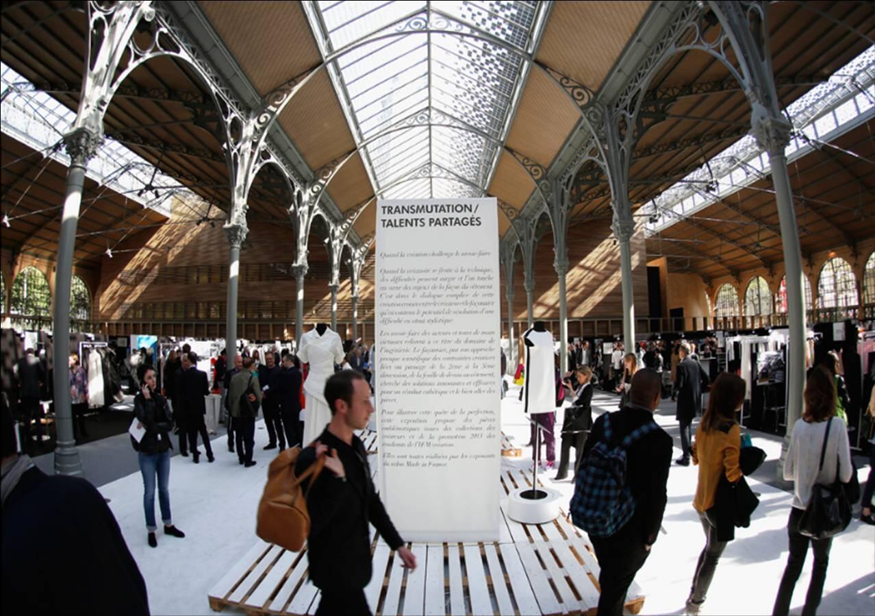 O salão Made in France reúne mais de 100 expositores que fornecem e prestam serviços para marcas de moda.
