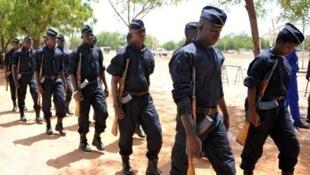 Des policiers burkinabè en 2016 à Ouagadougou (Image d'illustration).