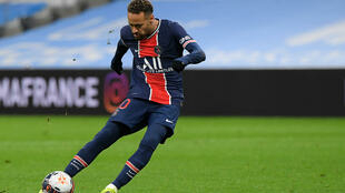 Paris Saint-Germain striker Neymar, who has been out of action since 10 February, was due to return to the team at the start of March