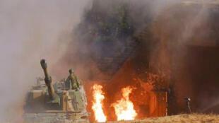 Incendie sur une base militaire sud-coréenne après une attaque nord-coréenne, le 23 novembre 2010.