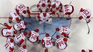 В полуфинале Олимпиады российская команда обыграла чехов со счетом 3:0.