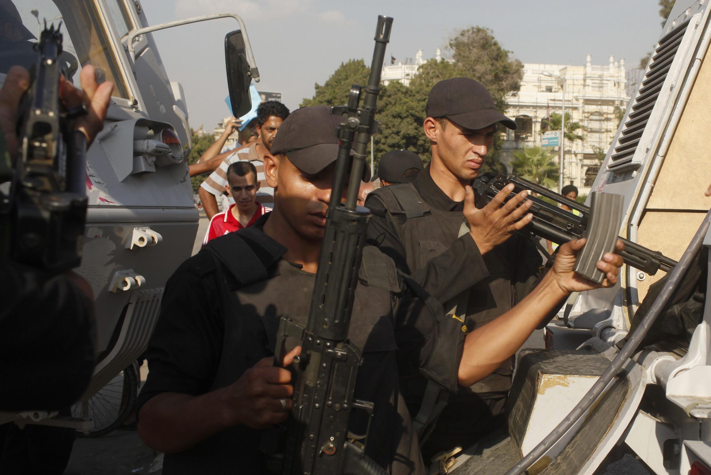 La sécurité a été renforcée au Caire après l'appel des islamistes à des manifestations massives «contre le coup d'Etat».