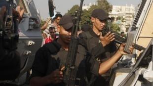 Segurança é reforçada no Cairo, depois do anúncio de novas manifestações.