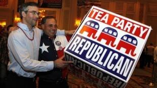 Des partisans du Tea Party à Las Vegas, dans le Nevada, le 2 novembre 2010.