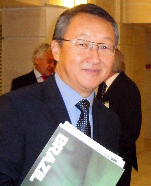 O brasileiro Jogi Oshiai representa interesses do agronegócio latino-americano junto das instituições europeias.