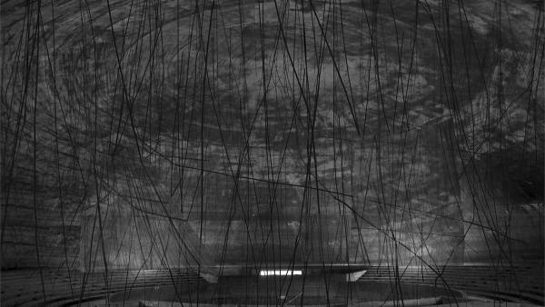 Obra de Zad Moultaka no teatro inacabado de Niemeyer