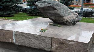 Соловецкий камень на Лубянской площади в Москве